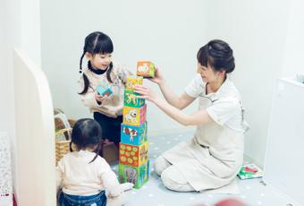助産師による託児