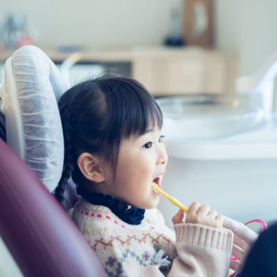 小さい頃から、 かかりつけ歯科医院必要?